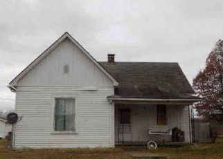 Foreclosed Home in Sullivan 47882 N STATE ST - Property ID: 4410953663