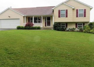 Foreclosed Home in Brookfield 44403 MERWIN CHASE RD - Property ID: 4411003138
