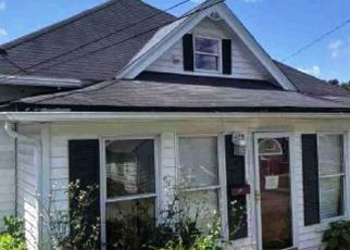 Foreclosed Home in Princeton 24740 PRINCE ST - Property ID: 4411017602
