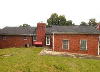 Foreclosed Home in Greensboro 27405 ASHWORTH RD - Property ID: 4411021541