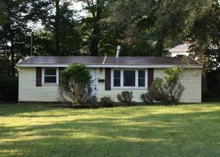 Foreclosed Home in Syracuse 13219 JANE DR - Property ID: 4411057906
