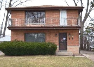 Foreclosed Home in Milwaukee 53218 N 55TH ST - Property ID: 4411077159