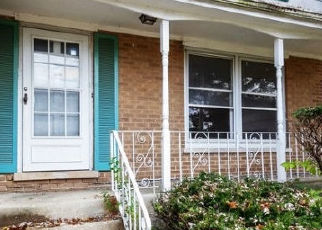 Foreclosed Home in University Park 60484 BLACKHAWK DR - Property ID: 4411086357