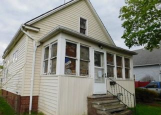 Foreclosed Home in River Rouge 48218 ELIZABETH ST - Property ID: 4411102570