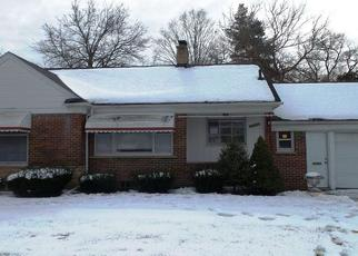 Foreclosed Home in Redford 48239 5 MILE RD - Property ID: 4411104764