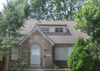 Foreclosed Home in Detroit 48224 COURVILLE ST - Property ID: 4411105190