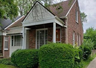 Foreclosed Home in Redford 48239 GRAYFIELD - Property ID: 4411117459