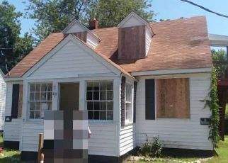 Foreclosed Home in Hampton 23661 HOMESTEAD AVE - Property ID: 4411159957