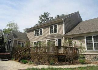 Foreclosed Home in Spotsylvania 22551 CHIVALRY CHASE LN - Property ID: 4411161701