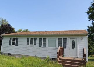 Foreclosed Home in Warsaw 22572 SNYDER RD - Property ID: 4411165191