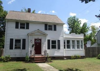 Foreclosed Home in Portsmouth 23702 PROSPECT PKWY - Property ID: 4411170903