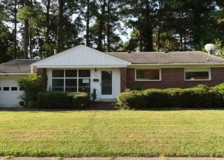Foreclosed Home in Norfolk 23502 N INGLESIDE DR - Property ID: 4411178778
