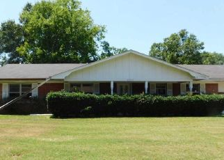Foreclosed Home in Longview 75602 JOHN ST - Property ID: 4411187535