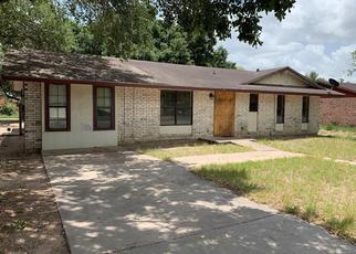 Foreclosed Home in Falfurrias 78355 S TERRELL ST - Property ID: 4411188861