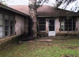Foreclosed Home in Houston 77089 SAGEBLUFF DR - Property ID: 4411201998
