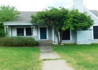 Foreclosed Home in Hillsboro 76645 E WALNUT ST - Property ID: 4411246213
