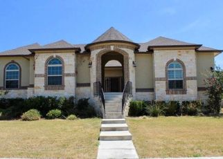 Foreclosed Home in Helotes 78023 SPRINGCROFT CT - Property ID: 4411254996