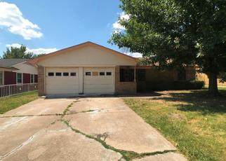 Foreclosed Home in Mesquite 75150 MARK DR - Property ID: 4411257615