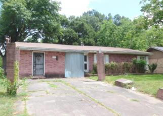 Foreclosed Home in Houston 77033 BELNEATH ST - Property ID: 4411258934