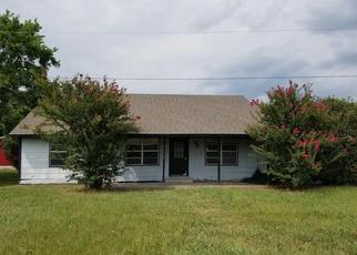 Foreclosed Home in Wylie 75098 COUNTRY PLACE LN - Property ID: 4411270758