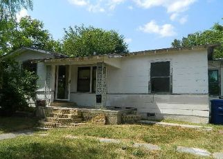 Foreclosed Home in San Antonio 78228 WAVERLY AVE - Property ID: 4411274697
