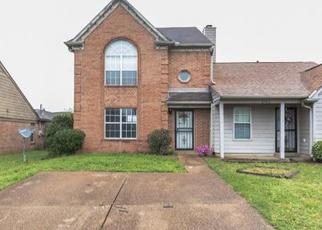 Foreclosed Home in Memphis 38115 MEADOW CHASE CV - Property ID: 4411282575
