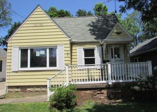 Foreclosed Home in Cuyahoga Falls 44221 LINCOLN AVE - Property ID: 4411293975