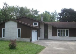 Foreclosed Home in Northfield 44067 CARLIN DR - Property ID: 4411297914