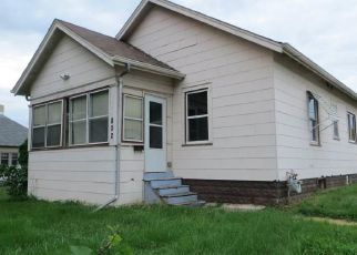 Foreclosed Home in Sioux Falls 57103 N FRENCH AVE - Property ID: 4411314550