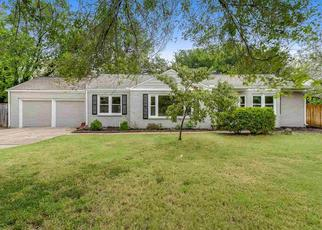 Foreclosed Home in Wichita 67208 N EDGEMOOR ST - Property ID: 4411329888