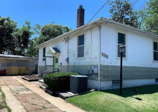 Foreclosed Home in Saint Louis 63123 LAKEWOOD AVE - Property ID: 4411354403