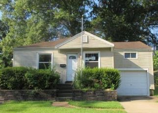 Foreclosed Home in Saint Louis 63136 ESTERBROOK DR - Property ID: 4411355273