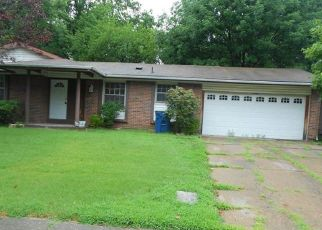 Foreclosed Home in Florissant 63033 BARDEN TOWER RD - Property ID: 4411357470