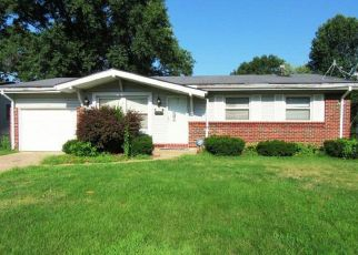 Foreclosed Home in Saint Louis 63136 LANDSEER DR - Property ID: 4411364927