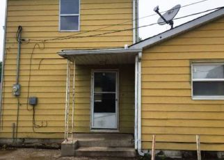 Foreclosed Home in East Saint Louis 62206 CAROL ST - Property ID: 4411372360