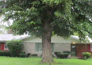 Foreclosed Home in Belleville 62226 WOODFIELD DR - Property ID: 4411374999