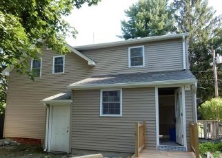 Foreclosed Home in Coventry 02816 STONE ST - Property ID: 4411395575