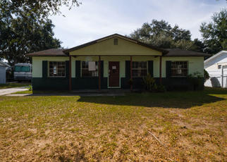 Foreclosed Home in Tampa 33619 FLINT DR - Property ID: 4411421864