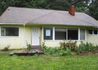 Foreclosed Home in North Bend 97459 N BAY RD - Property ID: 4411468270