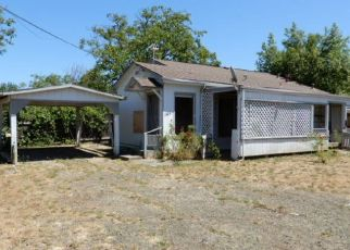 Foreclosed Home in Myrtle Creek 97457 WALNUT ST - Property ID: 4411489292