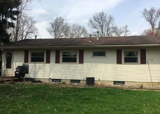 Foreclosed Home in Warren 44484 ADRIAN DR SE - Property ID: 4411532211
