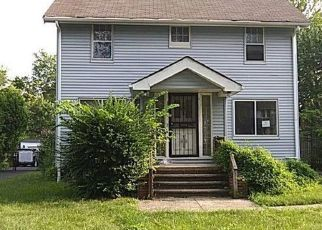 Foreclosed Home in Cleveland 44118 BEECHWOOD AVE - Property ID: 4411538796