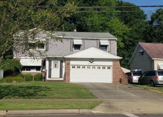 Foreclosed Home in Solon 44139 GLENALLEN AVE - Property ID: 4411544484