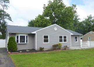 Foreclosed Home in Toms River 08753 WESTFIELD DR - Property ID: 4411554111