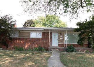Foreclosed Home in Warren 48093 GILBERT DR - Property ID: 4411566379