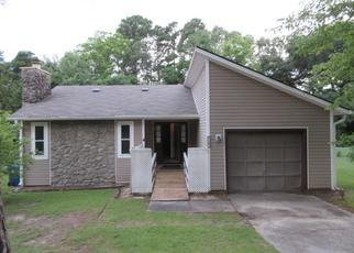 Foreclosed Home in Fayetteville 28314 EVANSTON ST - Property ID: 4411576455
