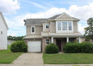 Foreclosed Home in Raleigh 27610 QUARRY RIDGE LN - Property ID: 4411577325