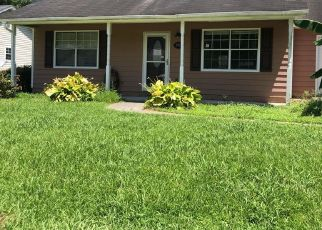 Foreclosed Home in Midway Park 28544 NORBRICK ST - Property ID: 4411582586