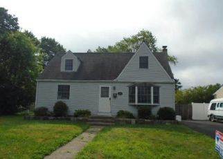 Foreclosed Home in Hatboro 19040 ABBOTT RD - Property ID: 4411667107