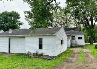Foreclosed Home in Ashley 48806 N STERLING ST - Property ID: 4411768735
